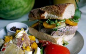 sandwich-month